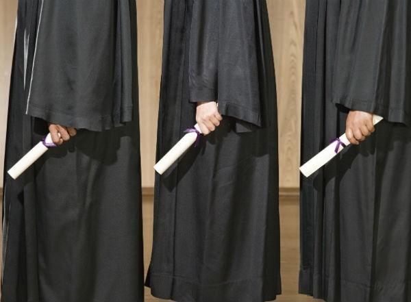 graduatesqueuing_600